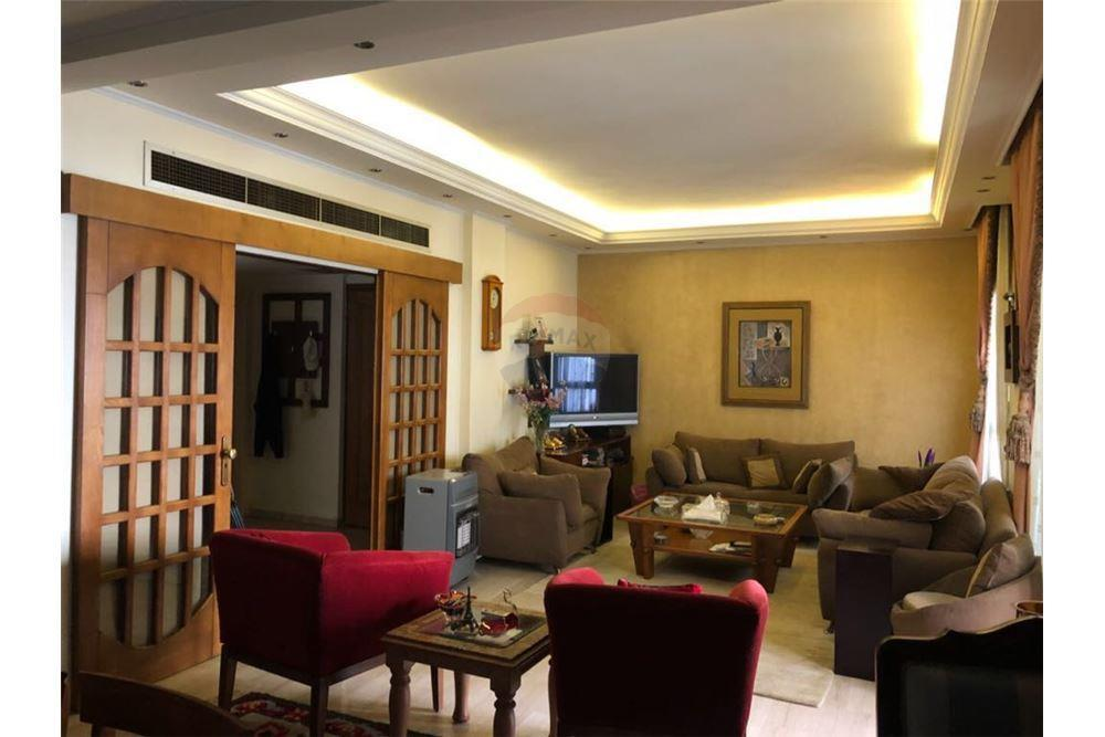 Apartment for sale in Nadim Al Jisir St. Tripoli