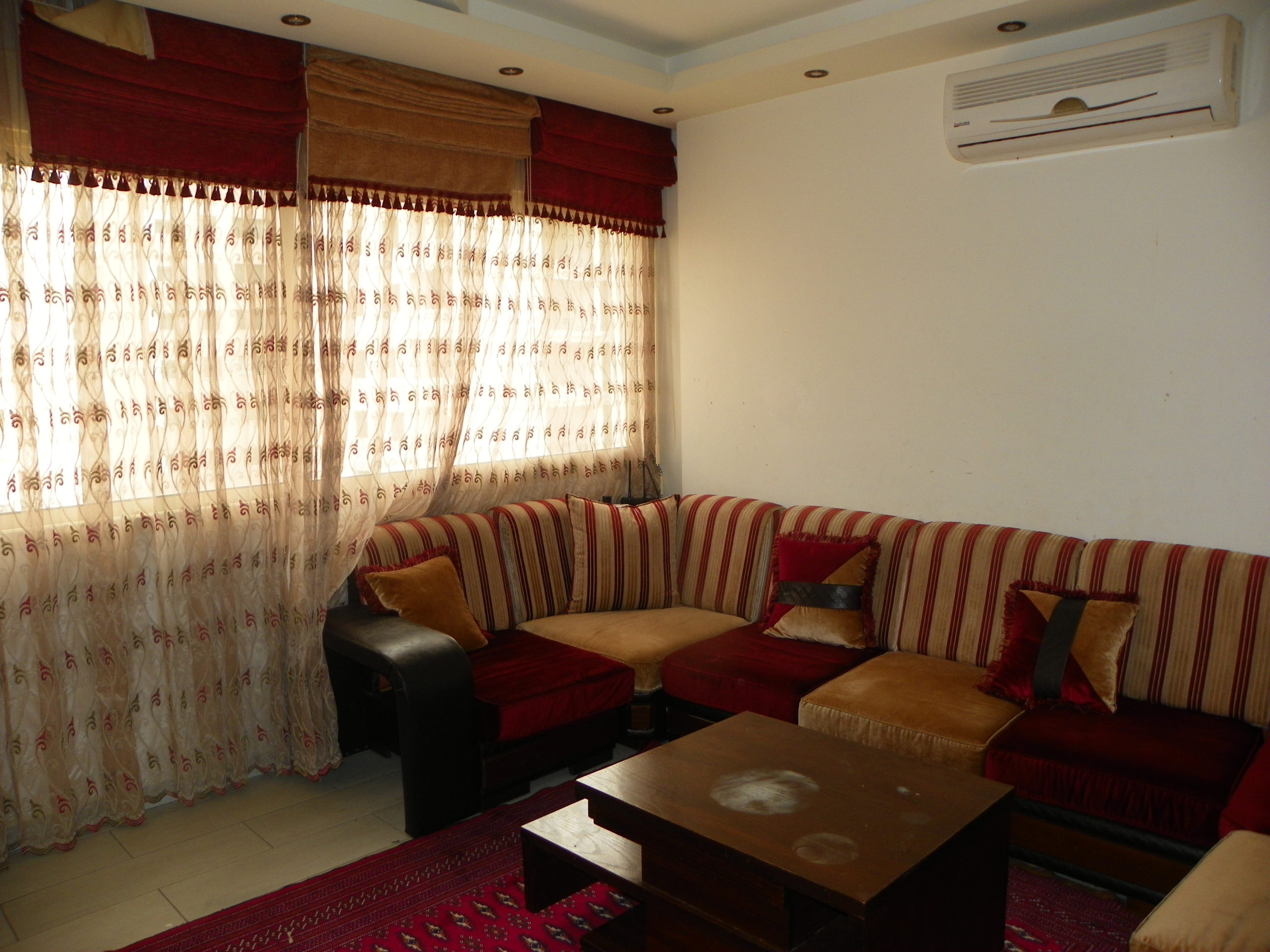 Furnished apartment for rent in Dam w Farez