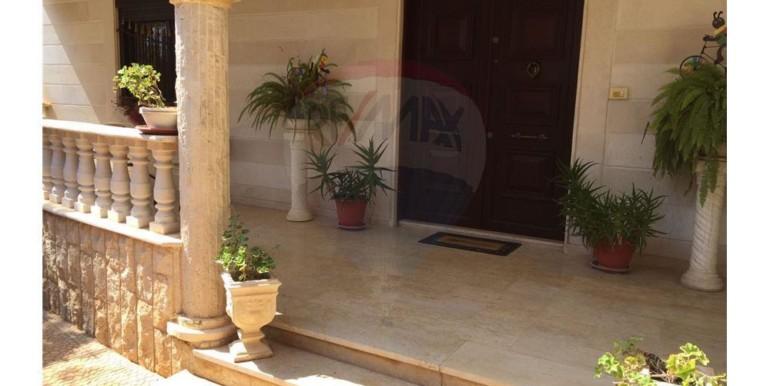 Super Deluxe Villa for Sale in Nakhle – koura