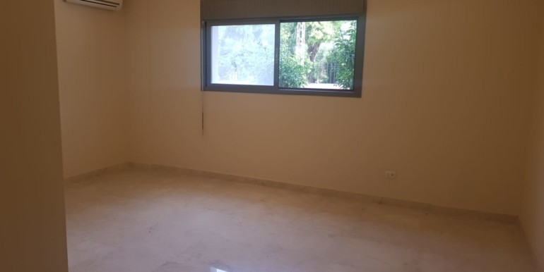 Office for rent in Dam W Farez, Tripoli.