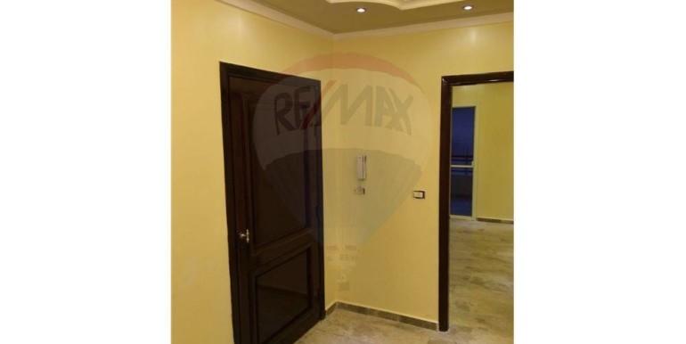 Apartment for sale in Btouratij, Maahad Alaktil
