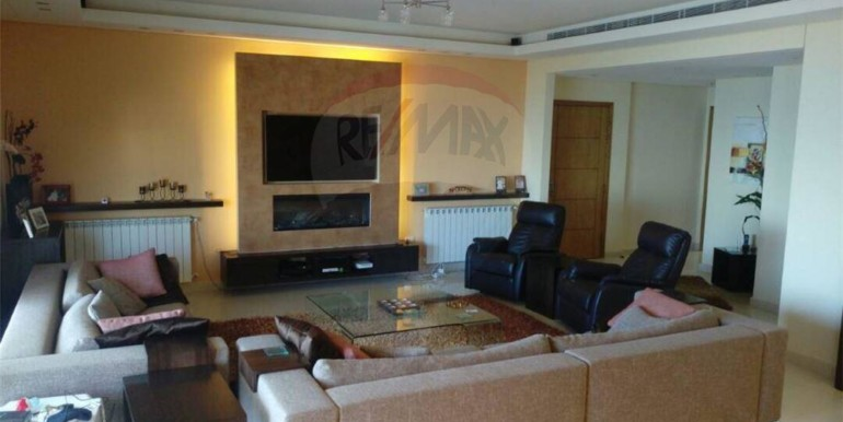 Super Deluxe apartment for sale in a calm area