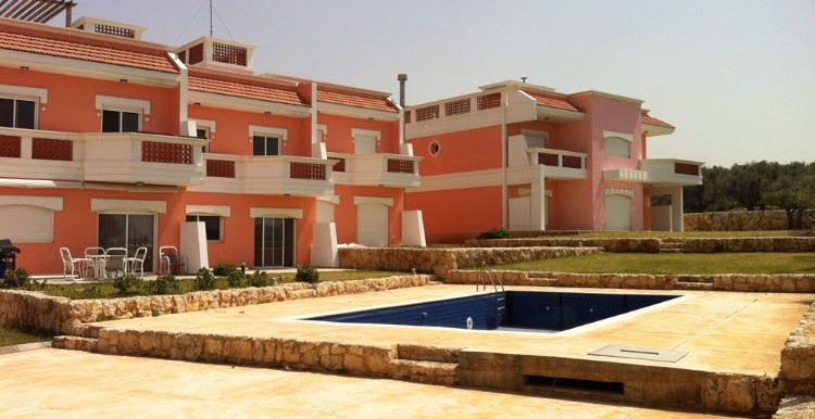 Villa for sale behind Las Salinas Resort, Enfeh