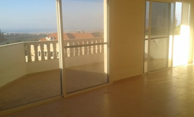 Apartment for rent in Batroumine, Koura