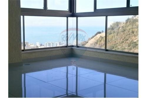 Apartment for sale in Byakout/Metn